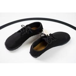 Čevlji Bare Sundara Sunbrella® na vezalke črni